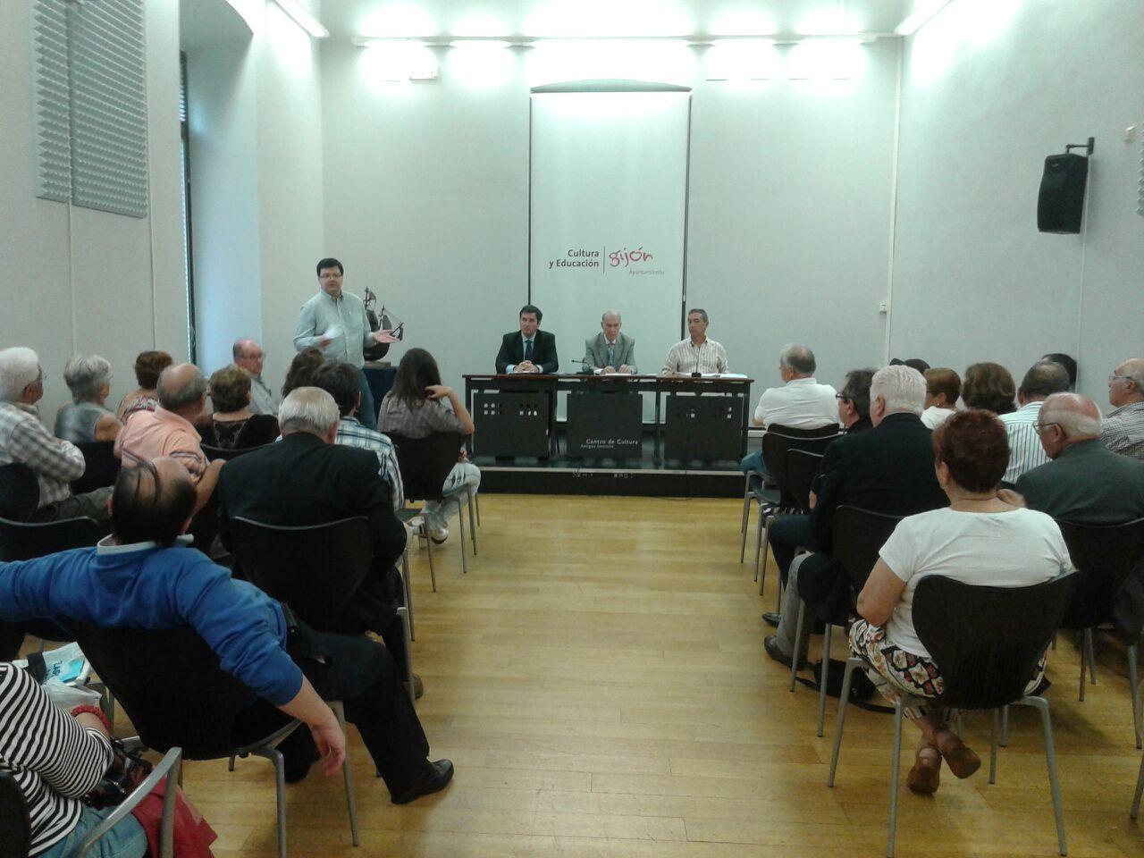 ACTA ASAMBLEA FICA 2015 Y ENTREGA DE LA CARABELA A LA CAJA DE AHORROS DE ASTURIAS